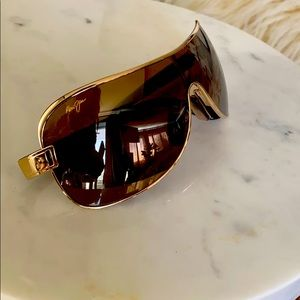 Maui Jim Gold Shield Sunglasses
